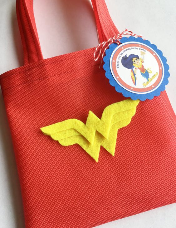 candy for wonder woman's party