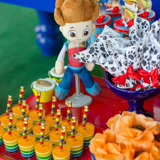 colors for candy bar by paw patrol