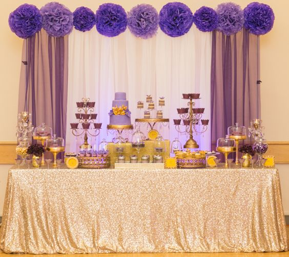 Decoration of Baby Shower in purple and gold colors