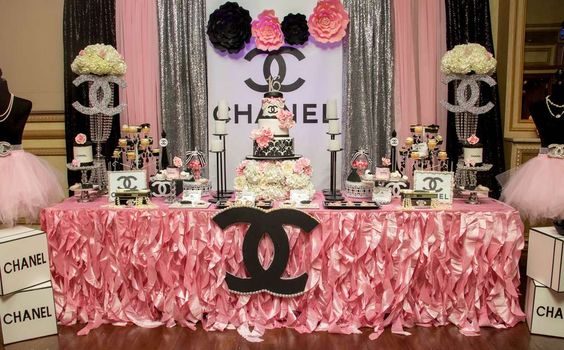 Baby Shower Chanel style!