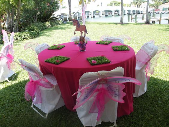 decoration of tables for birthdays of mia and me