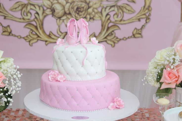 Ideas to decorate Baby Shower of girl - cake