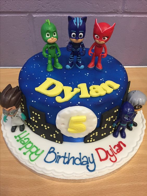 heroes cake in pajamas