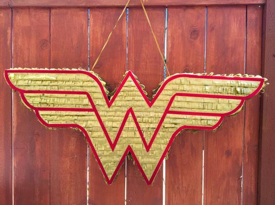 Wonder Woman Pinatas (3)