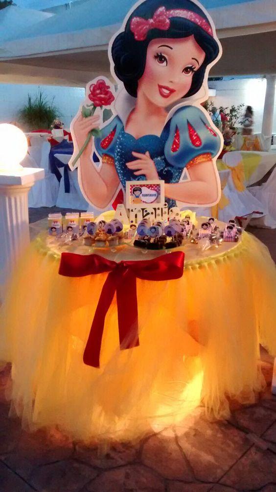disney princess parties (1)