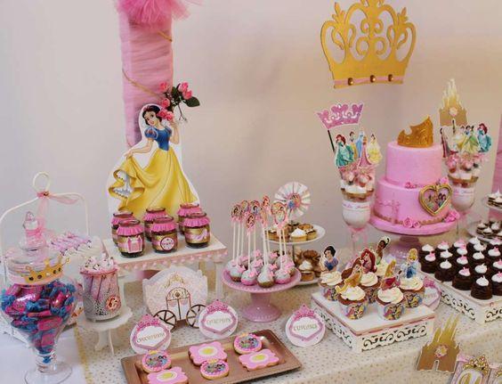 princess dessert table (3)