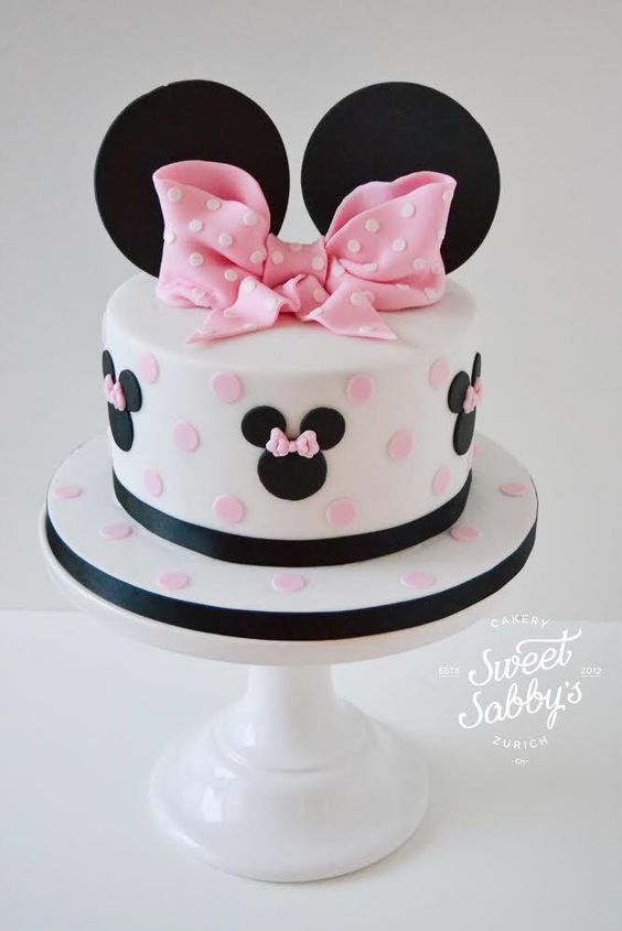 minnie mouse cakes (1)