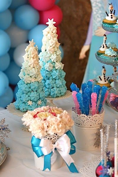 how to decorate frozen 5 candy table