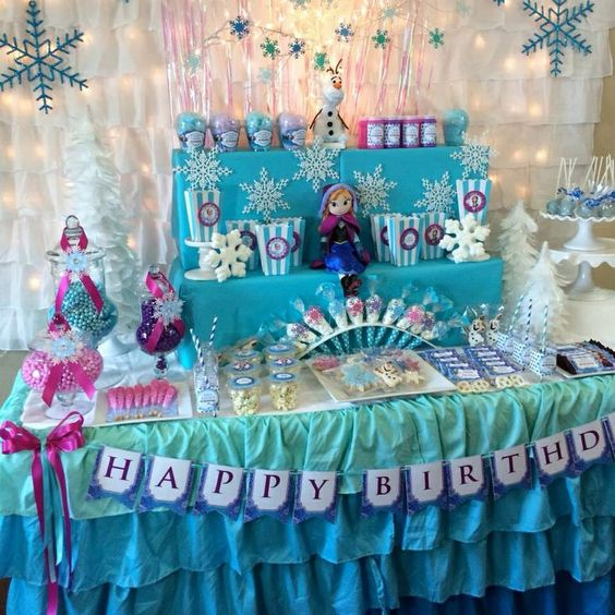 how to decorate frozen candy table 4