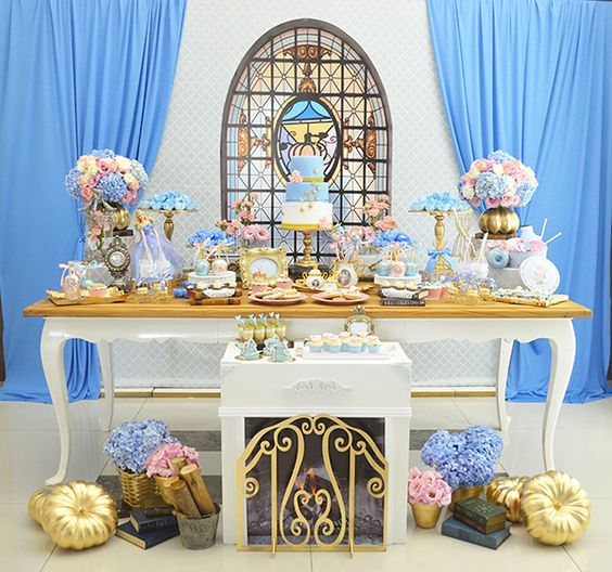 Decoration main table Cinderella party (5)