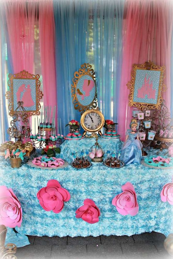 Decoration main table Cinderella party (6)