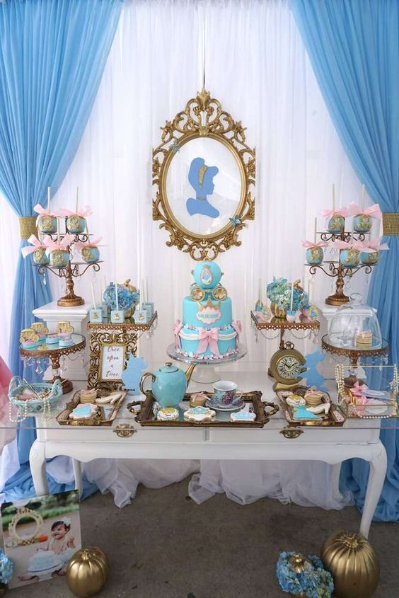 Decoration main table Cinderella party (3)