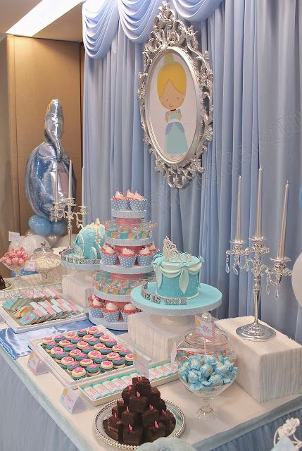 Vintage Decoration for Main Table Theme Cinderella