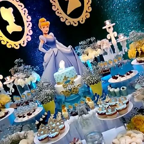 Cinderella theme dessert table