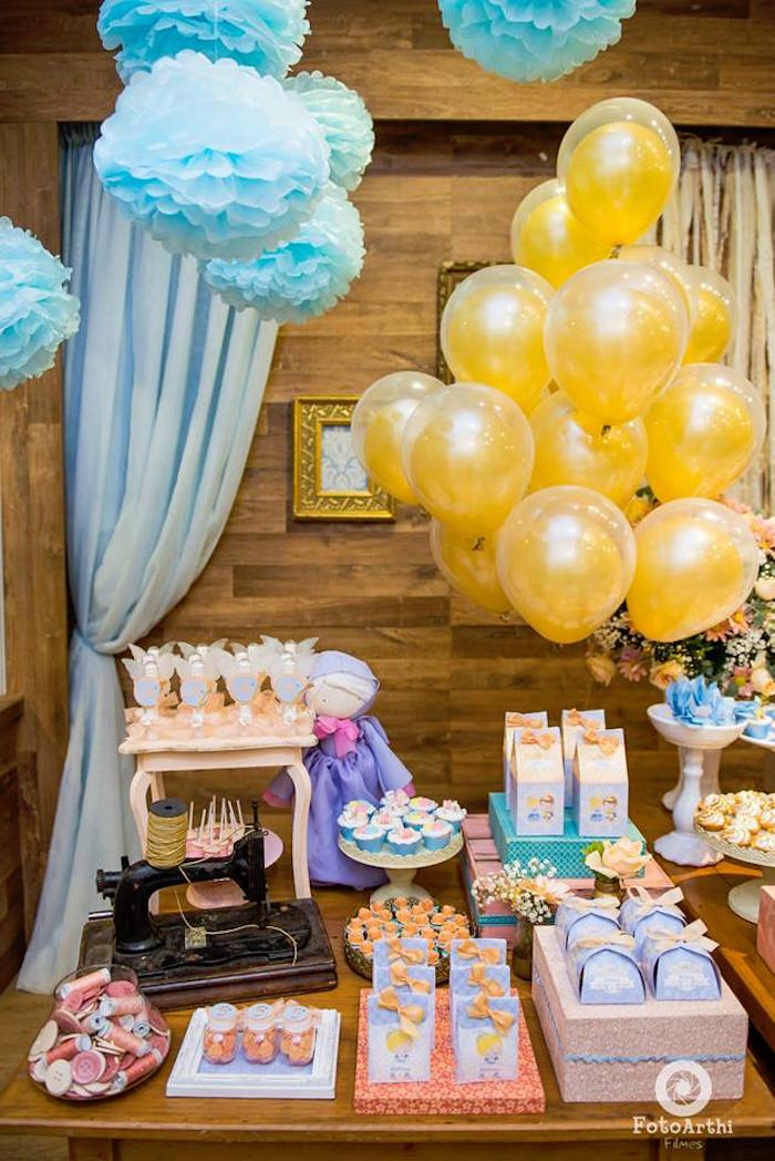 Cinderella dessert table