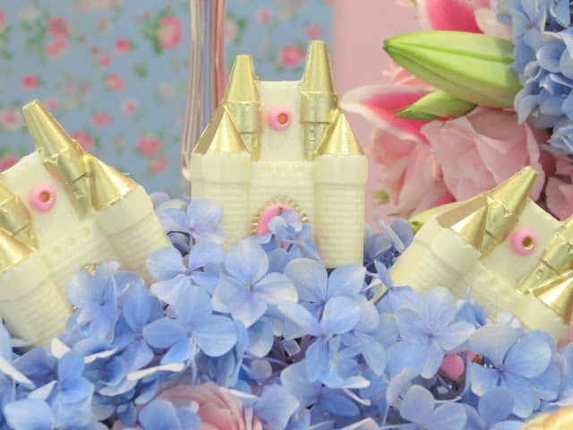 ideas for decorating a Cinderella party