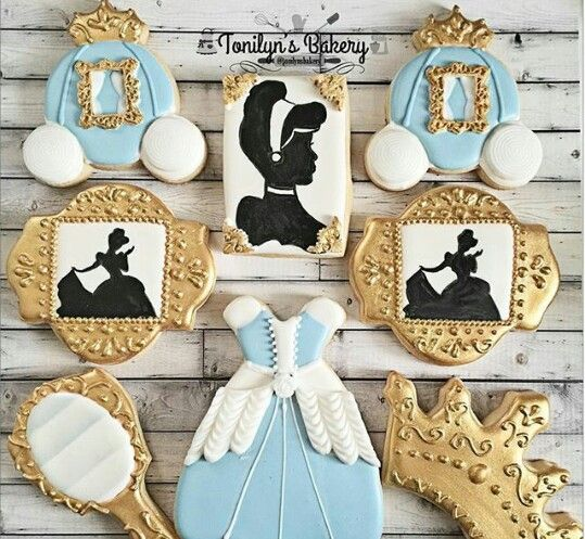 Cinderella biscuits for dessert table (2)