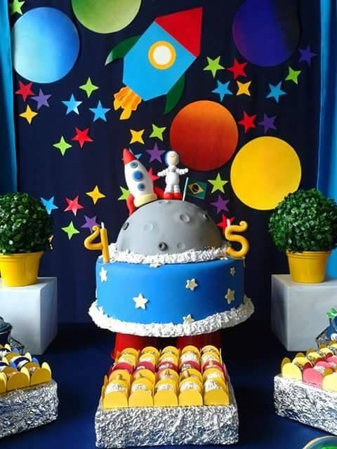 Astronaut Cakes