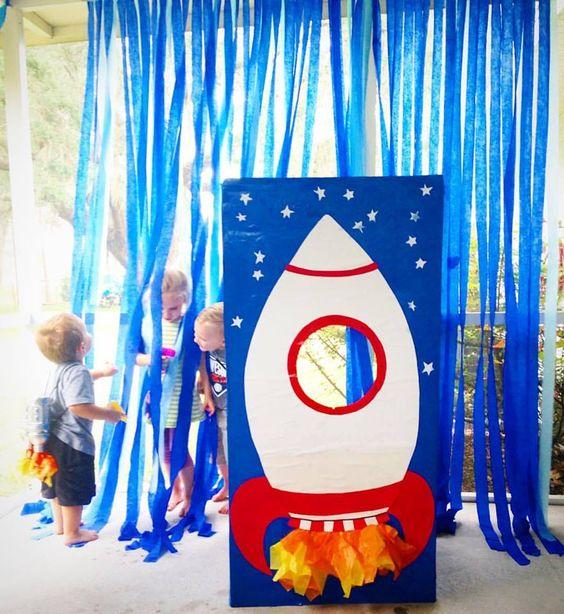 Infantile arrangements of astronauts