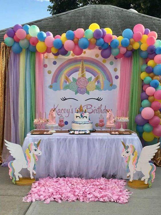 main table decoration unicorn party (6)