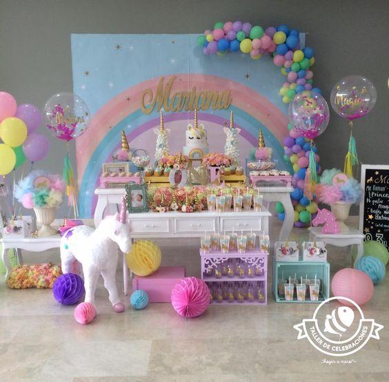 main table decoration unicorn party (2)