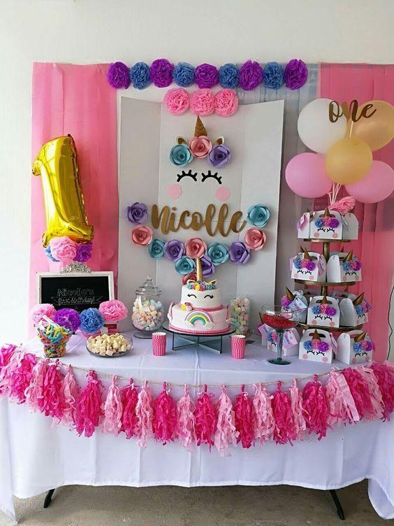 main table decoration unicorn party (%)