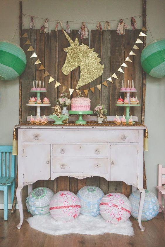unicorn party main table decoration