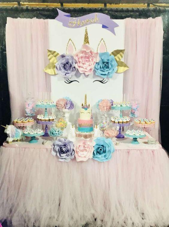 main table decoration unicorn party (13)