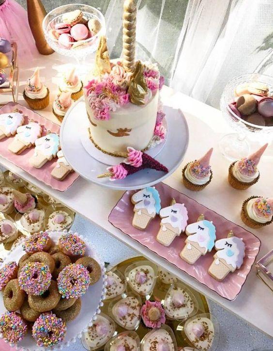 main table decoration unicorn party (3)
