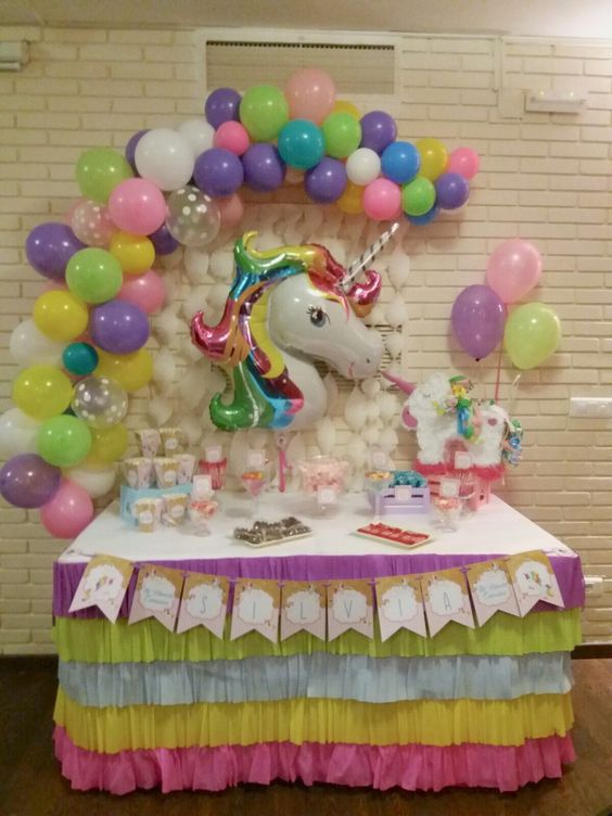 decoration with balloons main table party unicornio (5)