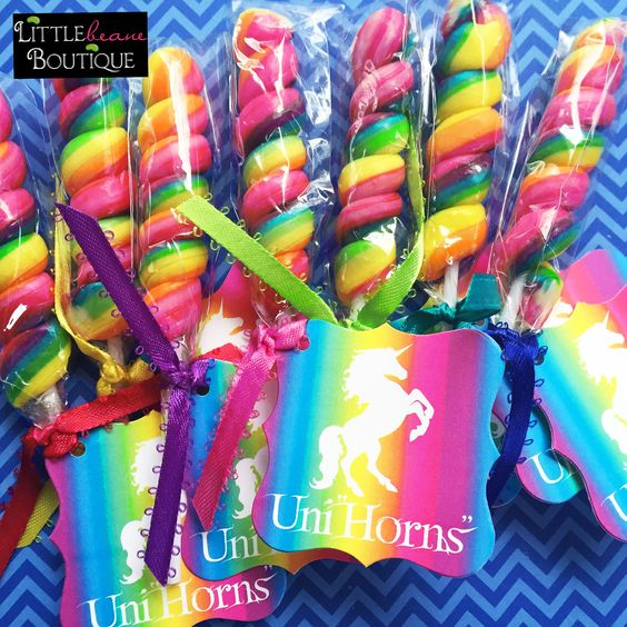 Personalized details for unicorn party (5)