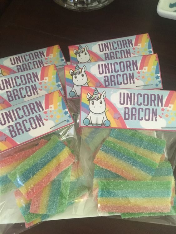 Personalized details for unicorn party (4)
