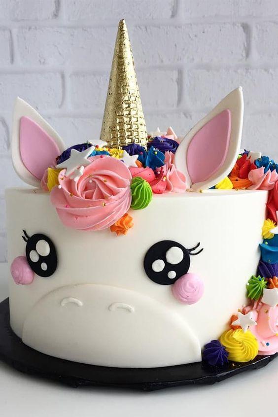 unicorn fondant cake for nina (2)
