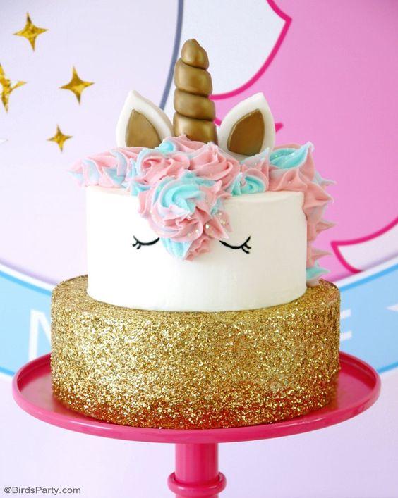 2-tier cake for unicorn children's party