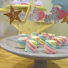 dessert table for unicorn party (3)