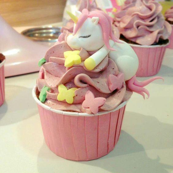 unicorn cup cake