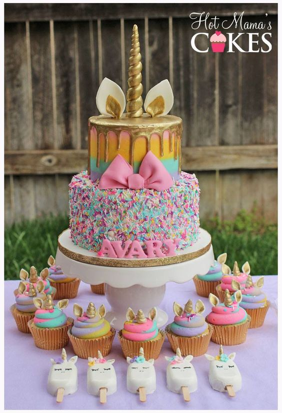 2-tier unicorn children's party cake (5)