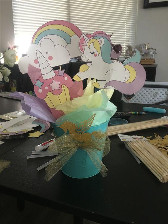 unicorn party centerpieces