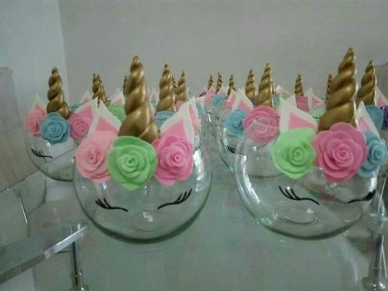 centerpieces for unicorn party (4)