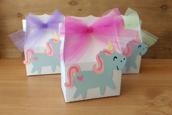 candies for unicorn party (12)