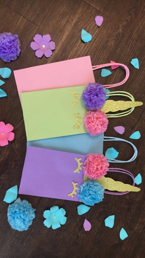 candies in unicorn gift bags (5)