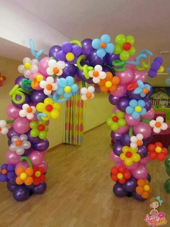 balloon arch for the entrance of a party of nina (7)