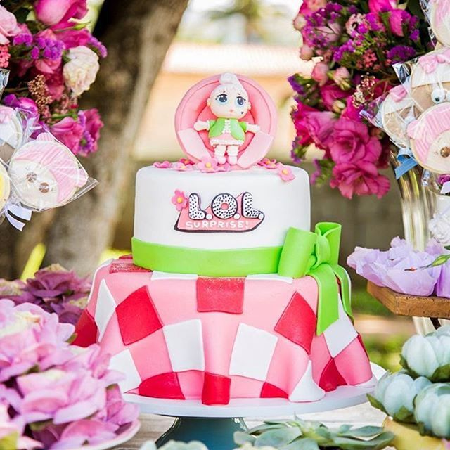 designs of cakes for nina theme dolls it (5)