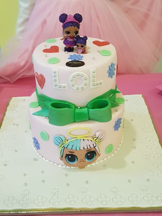 designs of cakes for nina dolls lol