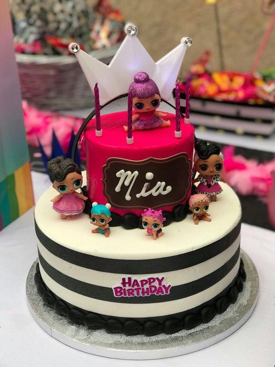 fondant cake for nina theme doll lol (2)