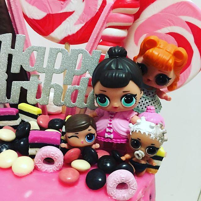 birthday cake a floor theme doll lol (6)