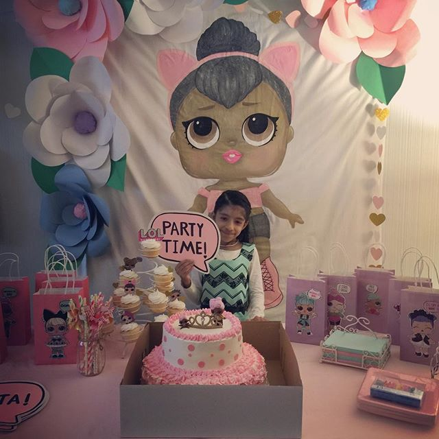 candy for girl's party with theme dolls lol (3)