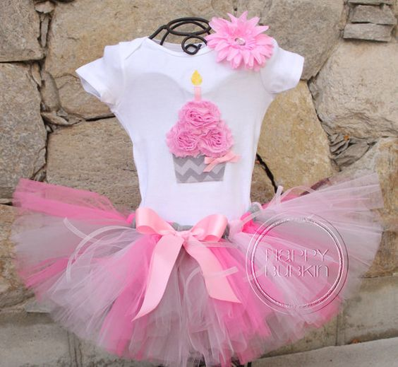 Tutus for cupcake theme parties in pink
