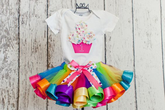 Tutus for colored cupcakes theme parties