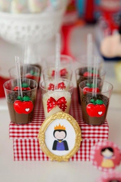 Presentation of desserts for white snow party